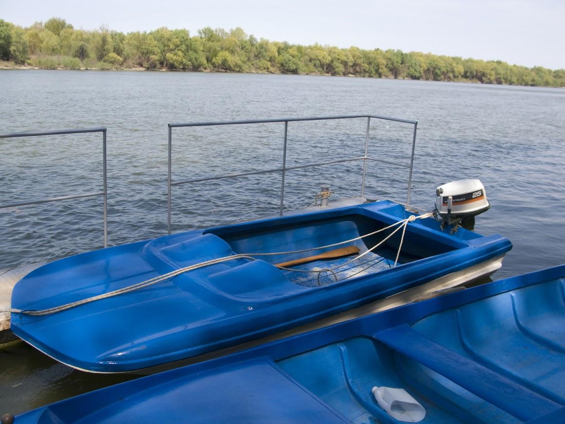 Първо пускане на лодката на вода