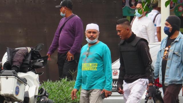 Husein dan Zulaimi, 2 Terduga Teroris Sempat Hadir Saat Sidang HRS di PN Jaktim
