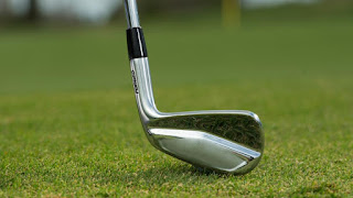 The art of chipping with a golf club
