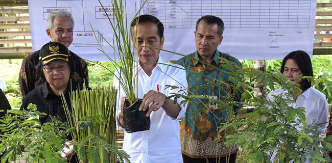 Jokowi: Kita Harus Bersahabat Dengan Alam