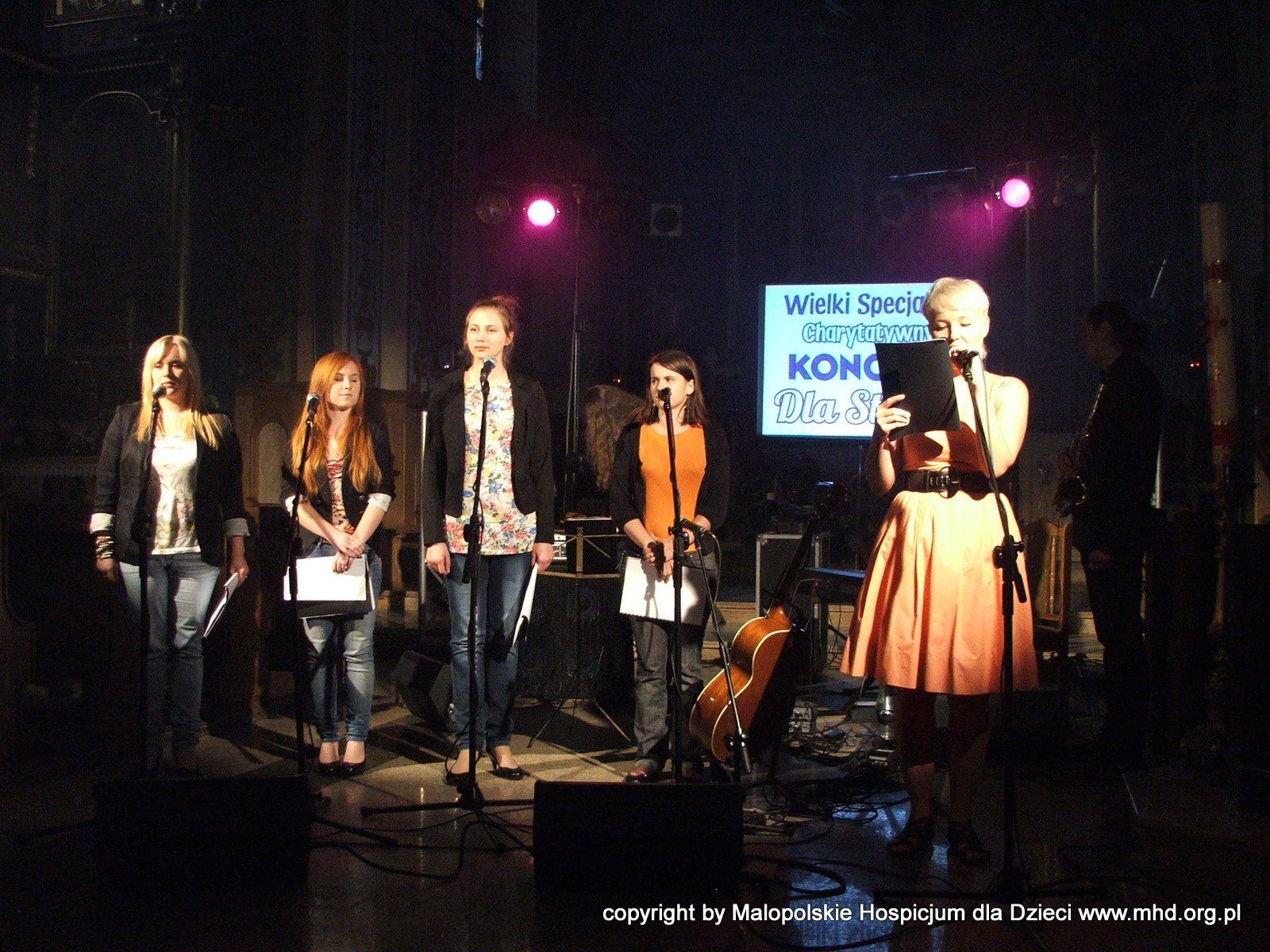 Koncert odbył się 2 sierpnia 2011 roku w kościele w Czarnym Dunajcu. Był marzeniem Stasia, które szybko spełnili wolontariusze i przyjaciele MHD :).  Obsługa techniczna: Harnaś Audio. Autor zdjęć: Robert Glac