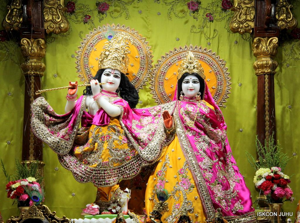 ISKCON Juhu Mangal Deity Darshan on 12th Sep 2016   (14)