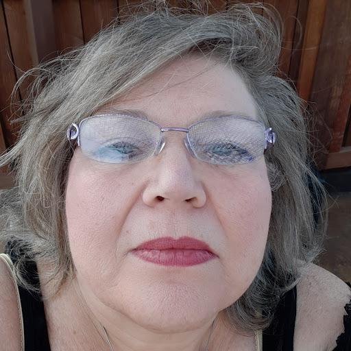 Kathleen Lane Photo 20