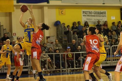 Lavezzini Basket Parma - Ceprini Costruzioni Orvieto 79 - 56 (36-35)