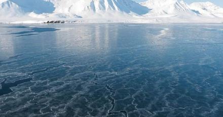 Πρωτοφανής καύσωνας με 48°C στη Σιβηρία - Έλιωσαν τόνοι πάγου μέσα σε λίγες μέρες