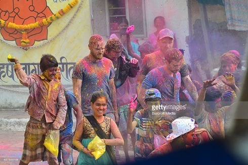 487859106-rock-band-coldplay-spotted-filming-a-music-gettyimages