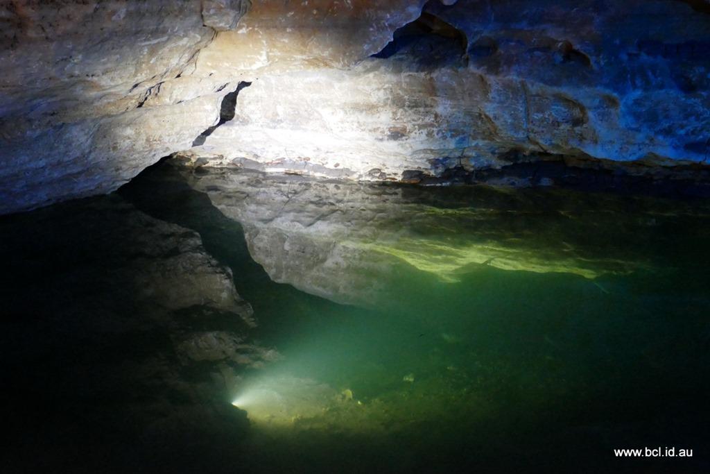 [190304-164-Engelbrecht-Cave-Mt-Gambi%5B1%5D]