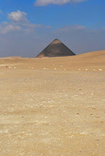 dahshur-red-pyramid-cloud-and-silence-show