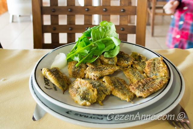 hamsi tava, Poyraz Sahil Balık Restoran Poyrazköy