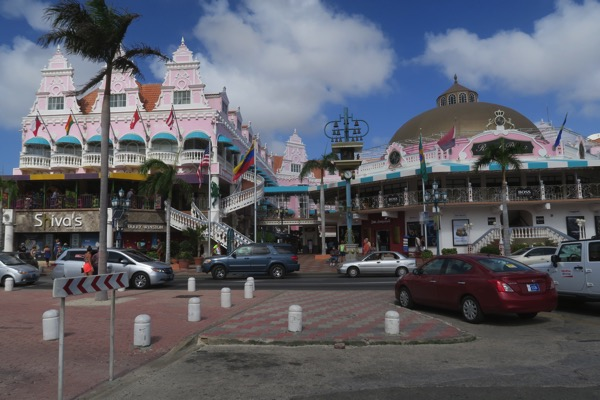 Aruba Shopping Street