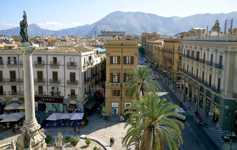 40. Palermo street. Sicily. 2013