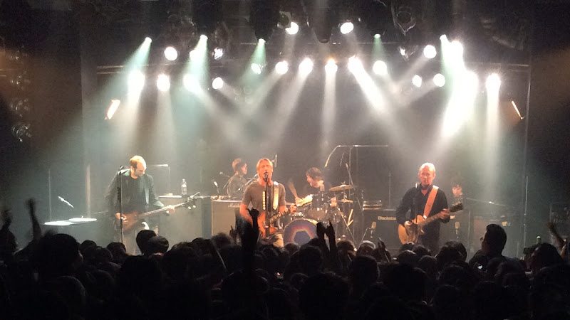 https://lh3.googleusercontent.com/-Z37BXXtoTSI/ViNPS-fZ2nI/AAAAAAAAmwA/ZKaoupl01DY/s800-Ic42/Paul-Weller-Japan-Tour-2015-Bay-Hall-Yokohama-08-Oct-17-2015.jpg