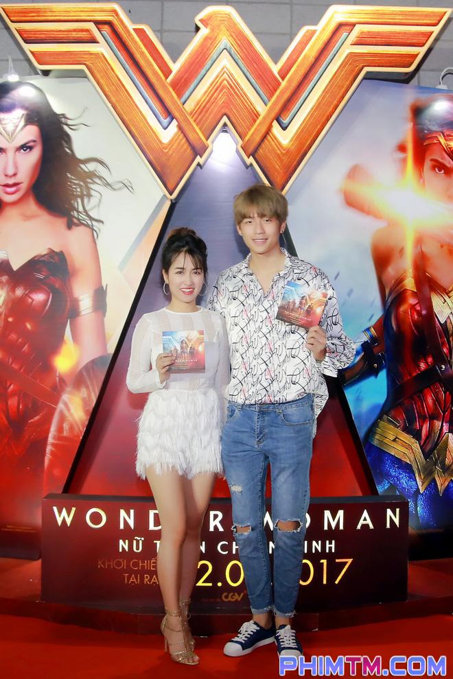 Á hậu Huyền My giản dị nhưng vẫn nổi bật tại buổi ra mắt Wonder Woman - Ảnh 3.