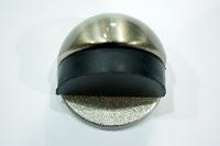 裝潢五金 品名:半圓地板門擋-1 顏色:BSN 功能:適合裝在地上防止門片撞到牆壁 玖品五金