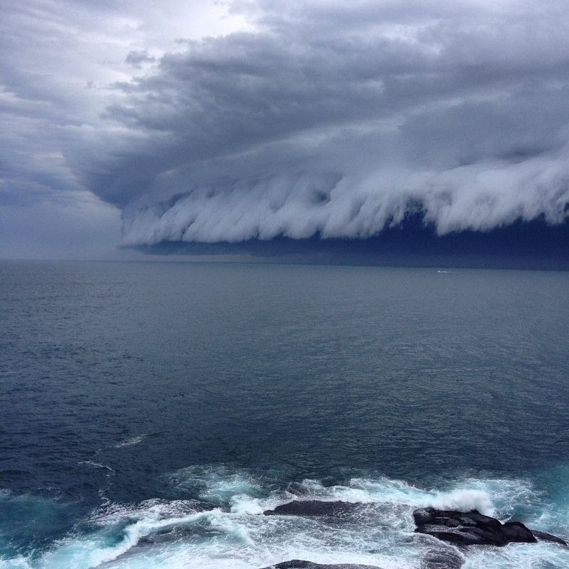 shelf-cloud-tsunami-sydney-4