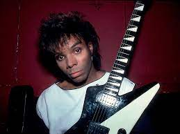 Dez Dickerson Net Worth, Income, Salary, Earnings, Biography, How much money make?