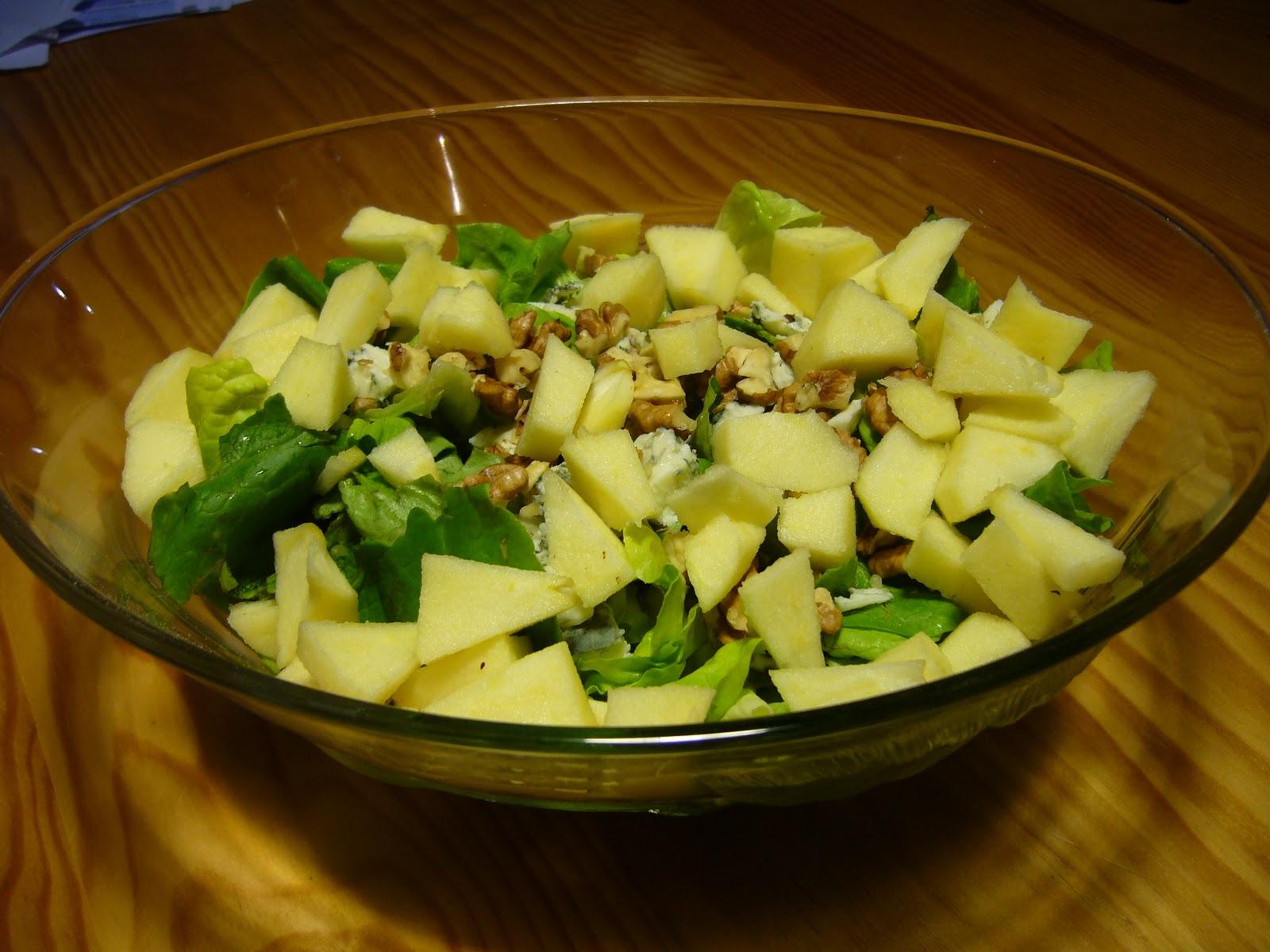 Salade au roquefort et aux noix - Lade bz ...