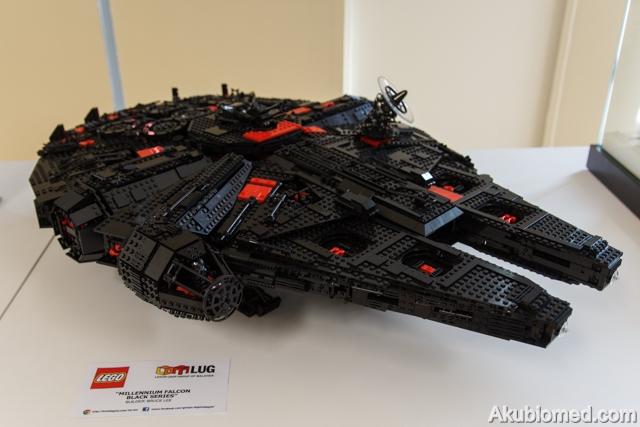 LEGO Mellanium Falcon Black Series di bina oleh Bruce Lee dari LOM LUG