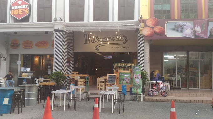Food Review : Terracerustic Cafe