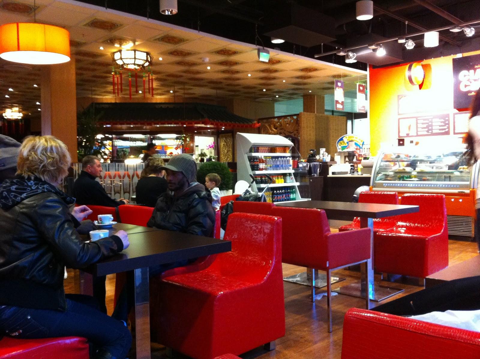 Cafés and the City: Ciao! Caffe - pala Italiaa Itäkeskuksessa