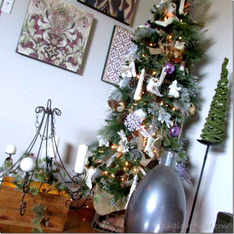 Woodsy and rustic style christmas tree