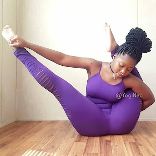 Lady Shows Off Her Unique Flexibility Body Talent