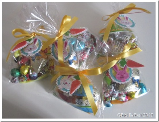 Easter Favour Bags with Easter Bunny Tags 1