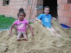 Písek na stavbu - pro děti pískoviště.