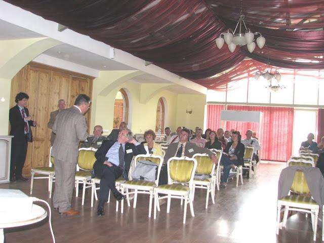 Conferinta finala a proiectului LOGO EAST - mai 2009 - poze%2Bconferinta%2B2%2B041.jpg
