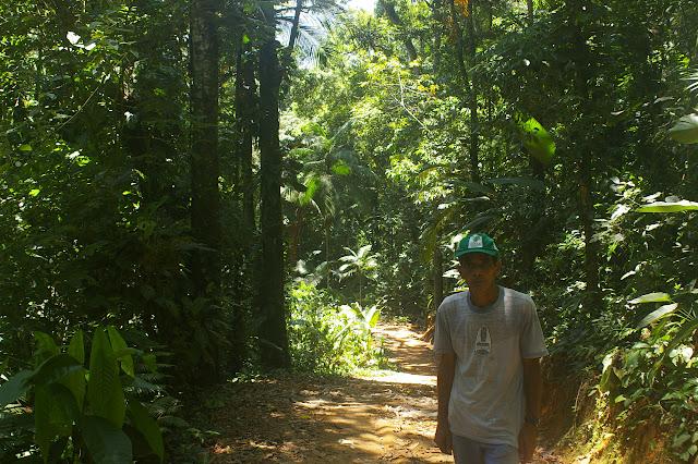 Le guide Xexel à Arariba, 22 février 2011. Photo : J.-M. Gayman