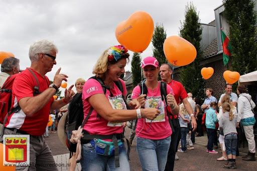 Vierdaagse van Nijmegen door Cuijk 20-07-2012 (37).JPG