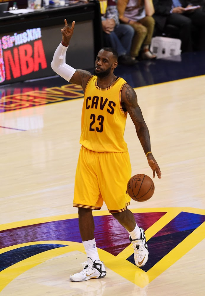 LeBron and Delly Carry Cavs to Grab 2-1 NBA Finals Lead ...
