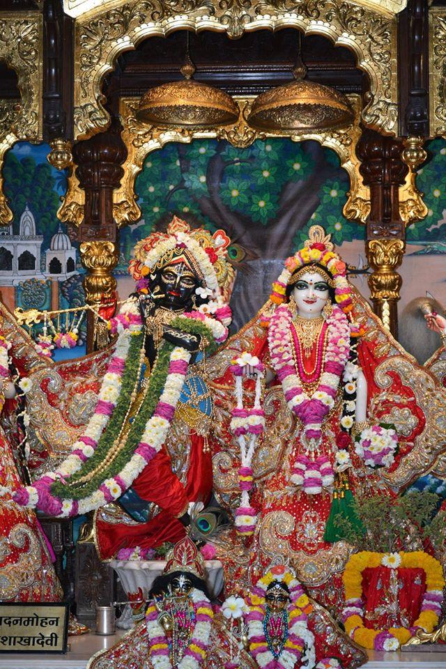 ISKCON Ujjain Deity Darshan 04 April 2016  (23)