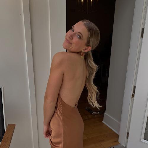 Lauren K. Profile Thumb
