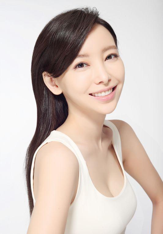 Yu Wen Wen  Canada Actor