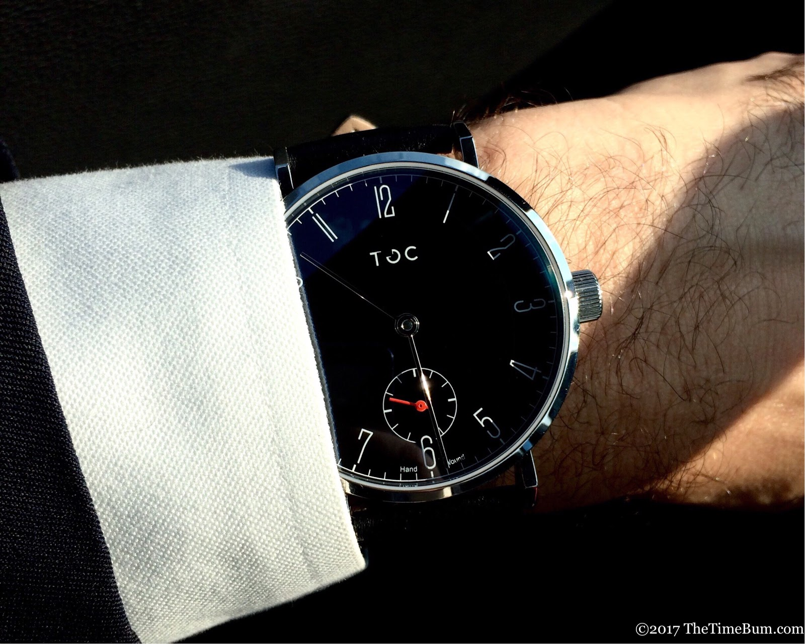 Toc19 Carbon Black wrist