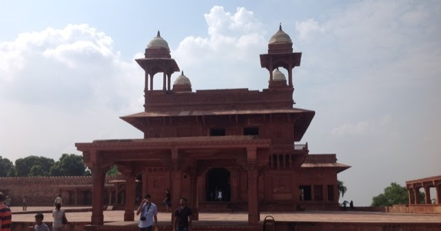 Image result for fatehpur sikri 640x336