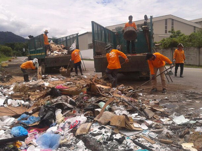 Clearing of Illegal Dump Site in Bercham, Ipoh
