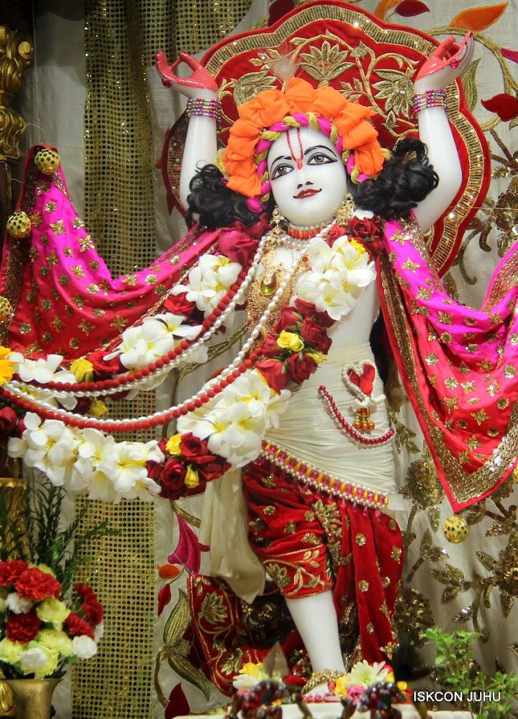 ISKCON Juhu Sringar Deity Darshan on 28th June 2016 (3)