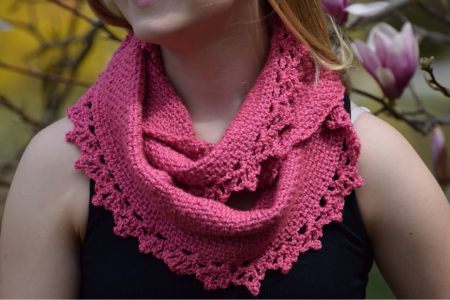 Rose Lace Cowl