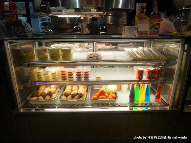 【食記】台中Pash Burger 傻子漢堡@西區文化中心&國立美術館&刑務所演武場 : 儘管美味, 但令人不禁感嘆到底是開的是傻子@@ 還是來吃的是傻子? 區域 午餐 台中市 排餐 晚餐 漢堡 牛排 美式 西區 輕食 速食 飲食/食記/吃吃喝喝 麵食類