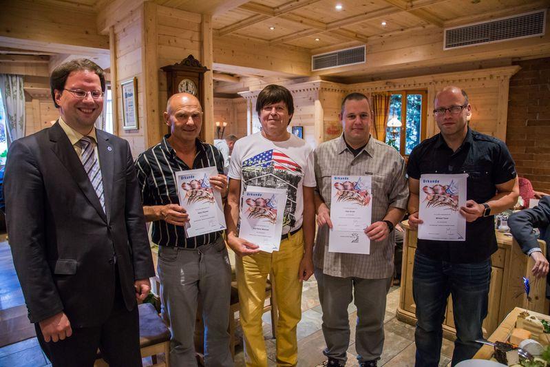 """""""70 Jahre TTC Straubing"""": Ehrung für 20 Jahre Tischtennis im Bayerischen Tischtennisverband BTTV"""