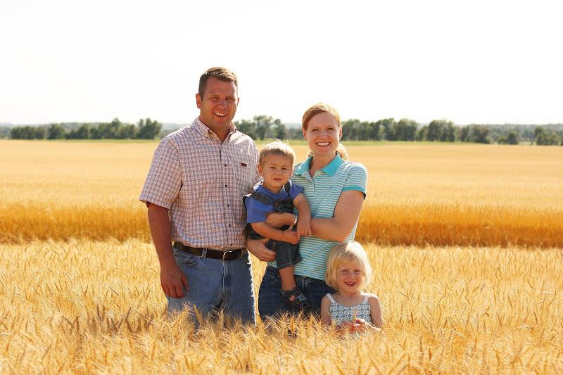 οικογένεια αγρότη,φυσιολατρία και Ελληνική οικονομία.