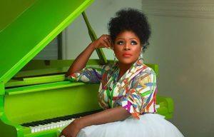 [Music] Omawumi – Somtin | @omawumi