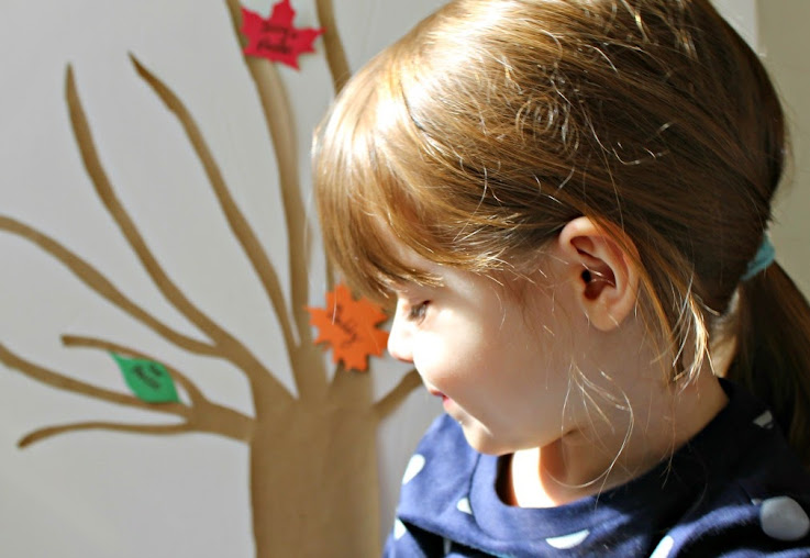 Teaching toddlers thankfulness through a DIY Gratitude Tree