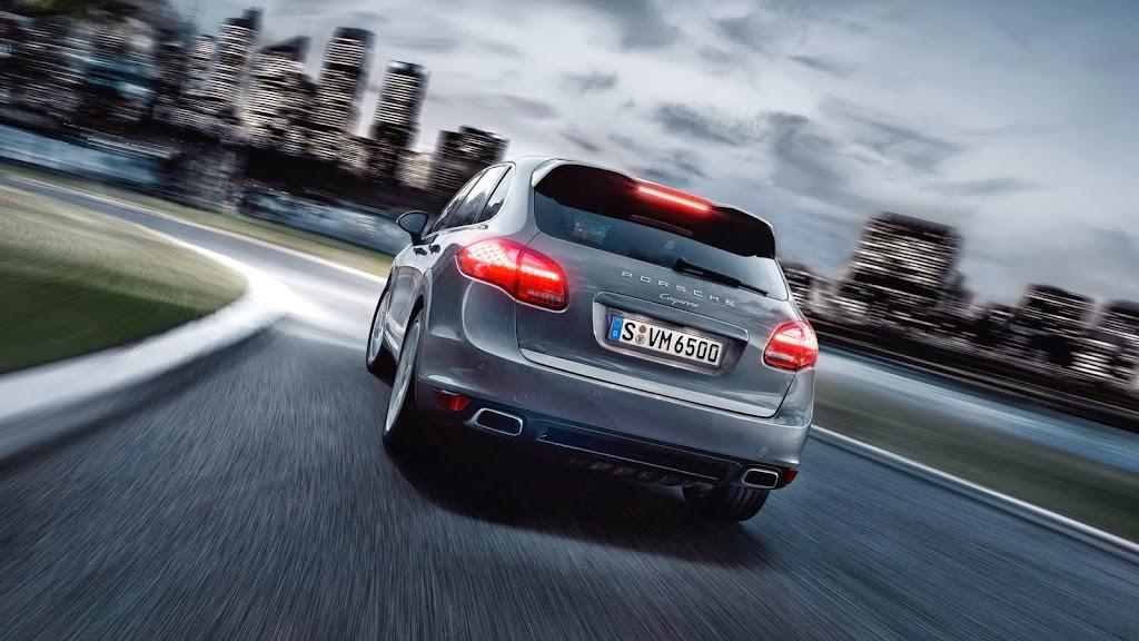 2014-Porsche-Cayenne-Platinum-07