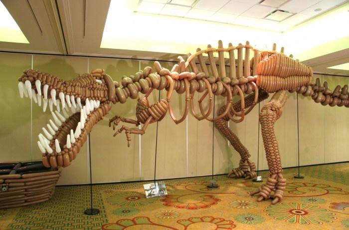 Balloons T-Rex Sculpture