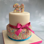 100's and 1000's cake 2.JPG