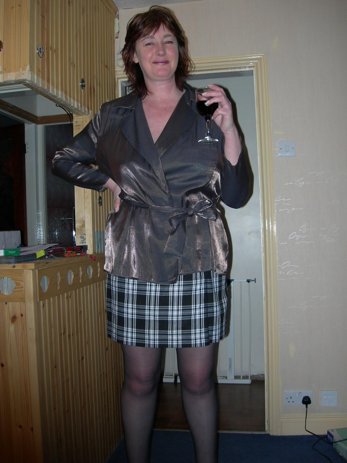 sockings in pantyhose ladies Mature and