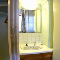 Room 33-sink